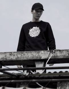 [Book On The Park] STAMP SWEATSHIRTS (3C)